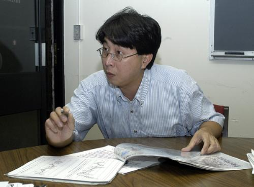 WILLIE SOON, a Harvard scientist and the author of a controversial study denying that there has been global warming in the 20th century, showing data defending his research